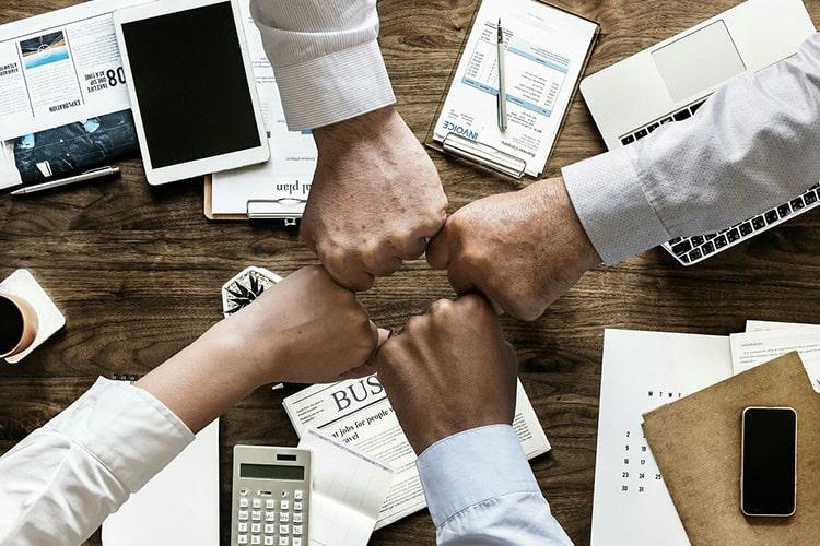 como motivar equipe de vendas na crise